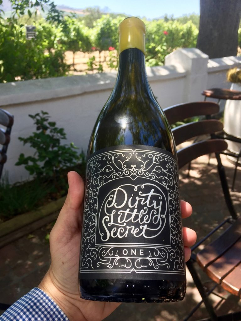 Eine flasche Dirty Little Secret Chenin Blanc